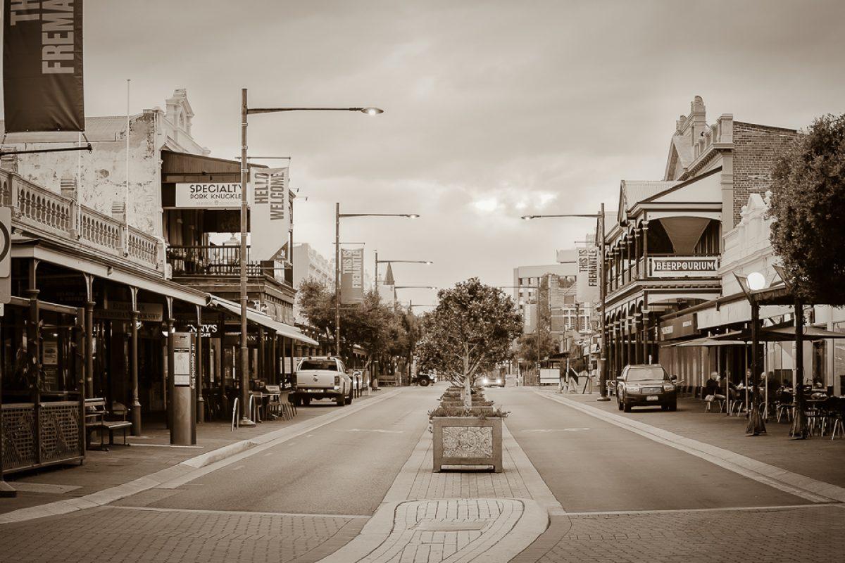 Fremantle, 100 years between worlds